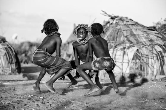 tribal-dance-ethiopia-dassanech-omo-river-canon-eos-5d-mark-iii-70-200mm-goran-jovic
