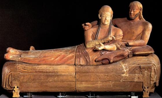 Sarcofago etrusco con coppia di sposi